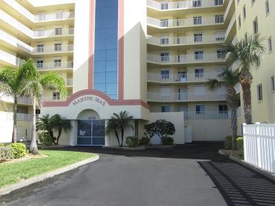 Cocoa Beach Condo For Sale: 3740 Ocean Beach Boulevard #507