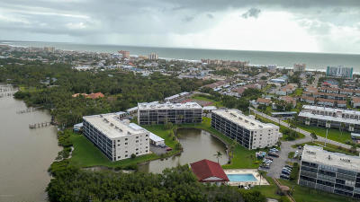 Cape Canaveral Condo For Sale: 5805 N Banana River Boulevard #1123
