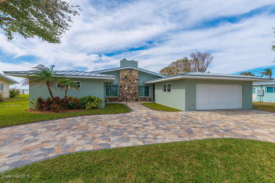 Brevard County Single Family Home For Sale: 29 W Point Drive