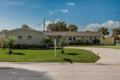 Cocoa Beach Single Family Home For Sale: 380 Formosa Drive