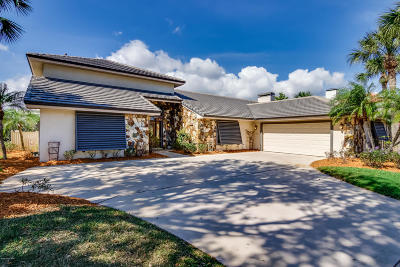 Melbourne Single Family Home For Sale: 780 Kerry Downs Circle