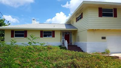 Cocoa Beach Single Family Home For Sale: 265 Antigua Drive