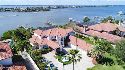 Indian Harbour Beach, Melbourne, Melbourne Beach, Palm Bay, Satellite Beach, Viera, West Melbourne Single Family Home For Sale: 125 Lansing Island Drive