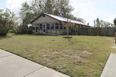 Cocoa Single Family Home For Sale: 415 Canaveral Groves Boulevard