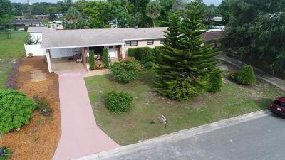 Titusville Single Family Home For Sale: 1700 Thornton Avenue