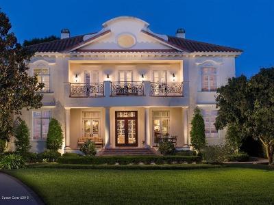 Merritt Island Single Family Home For Sale: 10210 S Tropical Trl S