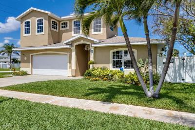 Satellite Beach Single Family Home For Sale: 398 Sheridan Avenue