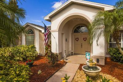 Melbourne Single Family Home For Sale: 3070 Pineda Crossing Drive S