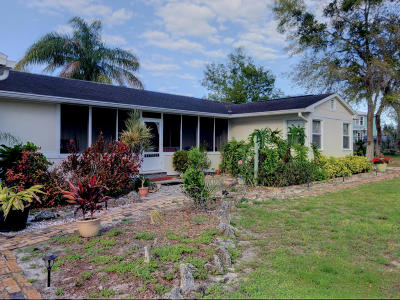 Cocoa Single Family Home For Sale: 212 Broadview Drive
