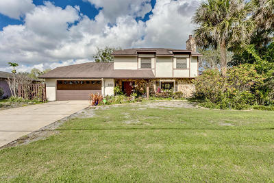 Rockledge Single Family Home For Sale: 1102 Fairlawn Drive