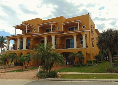 Cape Canaveral Townhouse For Sale: 603 Washington Avenue #1