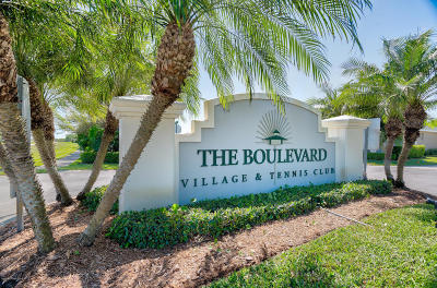 Vero Beach Condo For Sale: 4360 Doubles Alley Drive #101