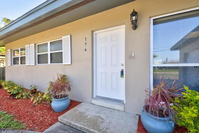 Cocoa Beach Single Family Home For Sale: 174 Antigua Drive