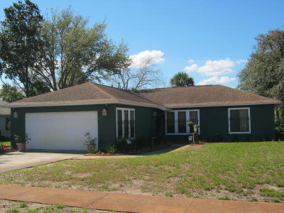 Titusville Single Family Home For Sale: 4624 Zoltan Drive