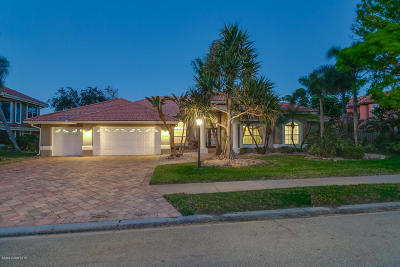 Indialantic Single Family Home For Sale: 580 Newport Drive