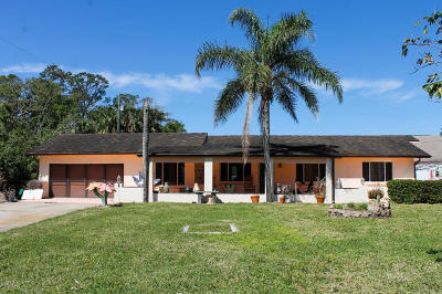 Merritt Island Single Family Home For Sale: 190 Church Road