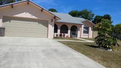 Brevard County Single Family Home For Sale: 1549 Giles Street NW