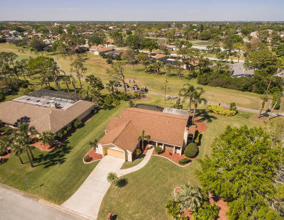 Single Family Home For Sale: 700 Whispering Pines Circle