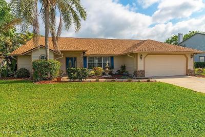 Merritt Island Single Family Home For Sale: 4040 Savannahs Trl