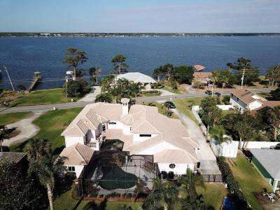 Merritt Island Single Family Home For Sale: 3190 S Tropical Trl S