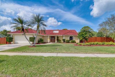 Merritt Island Single Family Home For Sale: 420 Indian Bay Boulevard