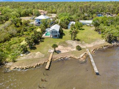 Titusville Single Family Home For Sale: 5433-5435 Riveredge Drive