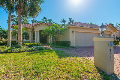 Brevard County Single Family Home For Sale: 798 Florencia Circle