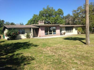 Cocoa Single Family Home For Sale: 3545 N Indian River Drive N