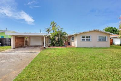 Brevard County Single Family Home For Sale: 1105 Seminole Drive