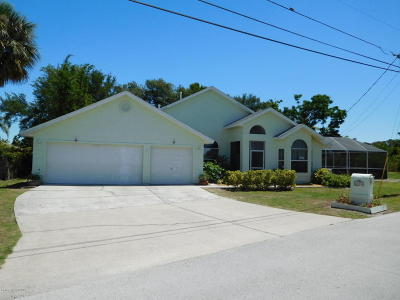 Brevard County Single Family Home For Sale: 2920 N Tropical Trl