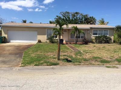 Satellite Beach Single Family Home For Sale: 105 SE 3rd Street