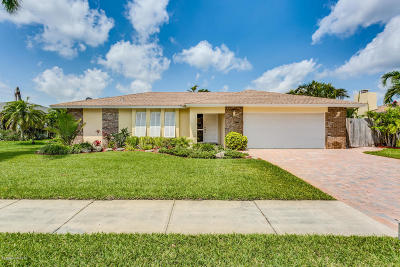 Satellite Beach Single Family Home For Sale: 688 Caribbean Road