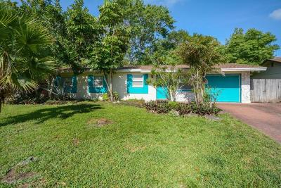 West Melbourne Single Family Home For Sale: 141 Virginia Road