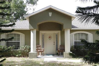 Titusville Single Family Home For Sale: 2660 Smokey Lane