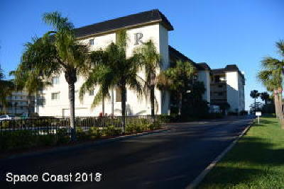 Cocoa Beach Condo For Sale: 190 Escambia Lane #307