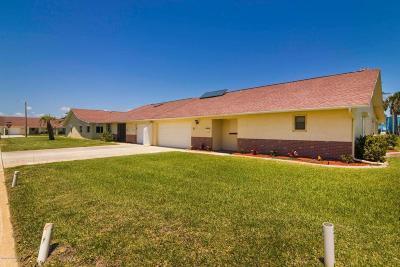 Satellite Beach Townhouse For Sale: 65 Christine Court