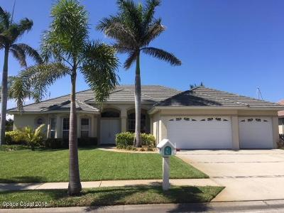 Indian Harbour Beach Single Family Home For Sale: 160 Island View Drive
