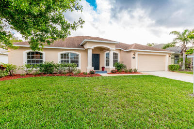West Melbourne Single Family Home For Sale: 3285 Soft Breeze Circle