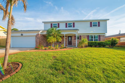 Titusville Single Family Home For Sale: 4410 Lantern Drive