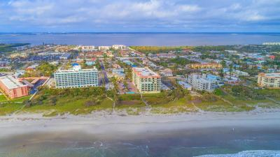 Cocoa Beach Condo For Sale: 420 Harding Avenue #601