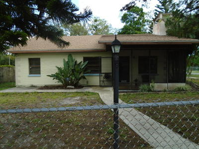 Cocoa Single Family Home For Sale: 2500 Dade Court