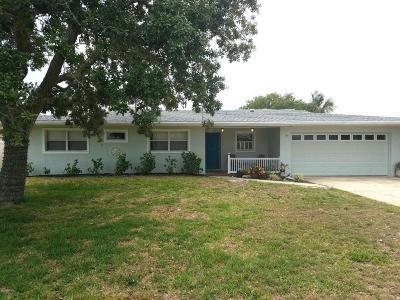 Cocoa Beach FL Single Family Home Contingent: $649,000
