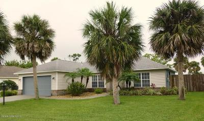 Melbourne FL Single Family Home For Sale: $259,900