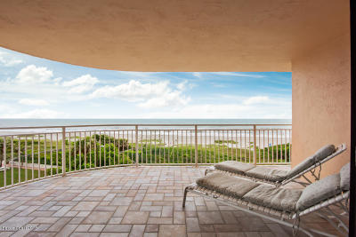 Cocoa Beach Condo For Sale: 6770 Ridgewood Avenue #501