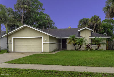 Cocoa Single Family Home For Sale: 325 Woods Lake Drive