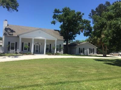 Merritt Island Single Family Home For Sale: 3930 S Tropical Trl