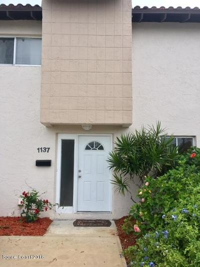 Indian Harbour Beach Townhouse For Sale: 1137 Ashley Avenue