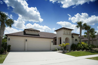Single Family Home For Sale: 1409 Outrigger Circle