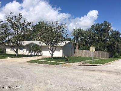 Titusville Single Family Home For Sale: 1120 Crescent Drive