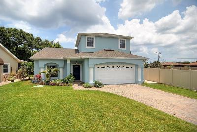 Melbourne Beach FL Single Family Home For Sale: $495,000